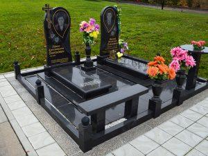 памятники на могилу, цоколи, надгробные плиты и цветники волынкин и сыновья Москва и Подмосковье