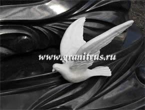 декоративная резьба на памятниках на могилу