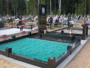 Деворативный камень гранитная и мраморная крошка благоустройство могил